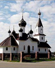 Возрождённый в 2005 году храм в честь Общехристианской святыни Чудотворной иконы Божией Матери, именуемой Белыничская. (На месте бывшего монастыря).